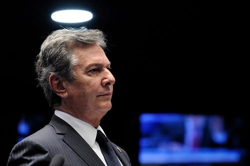 Relator do PL das 'fake news' chama Collor de 'grande presidente'